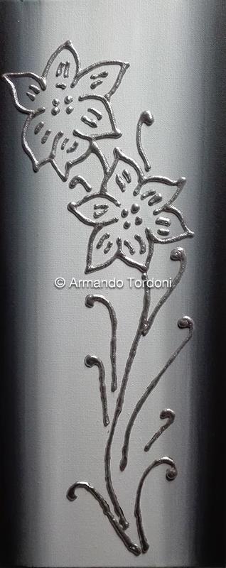 giglio-argento-tela-30×50-tecnica-mista-stucco-olio-e-acrilico